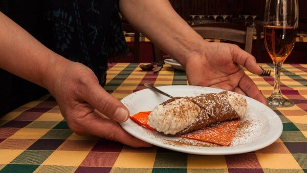 the cannolo is the universal most known pastries of sicily. try it amongst others during our pastries tasting experience